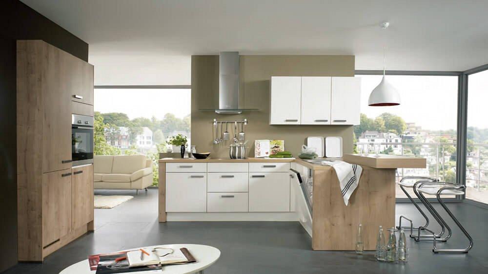 Keuken Met Schiereiland : luxe keuken met warme houtelementen en schiereiland – Keukens