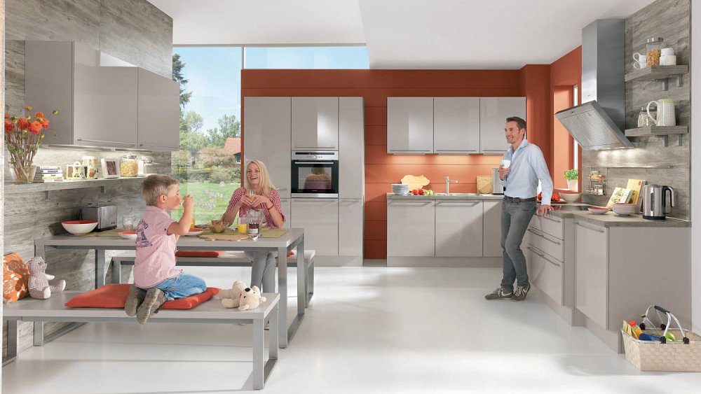 Moderne hoekkeuken met kastenwand - Keukens op maat - Keukenloods.nl