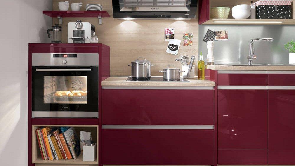 Witte Keuken In Prachtige Ruime Opstelling : Strakke keuken in rechte ...
