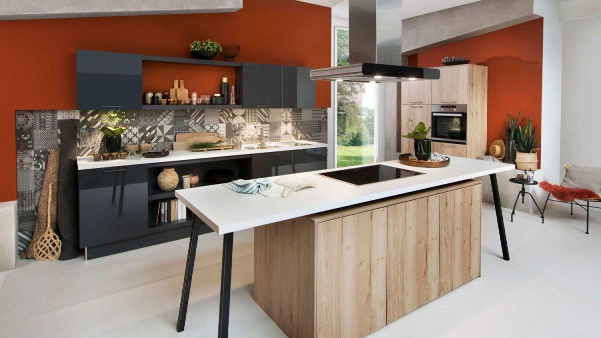Hout zwarte keuken met losse elementen nieuwe collectie
