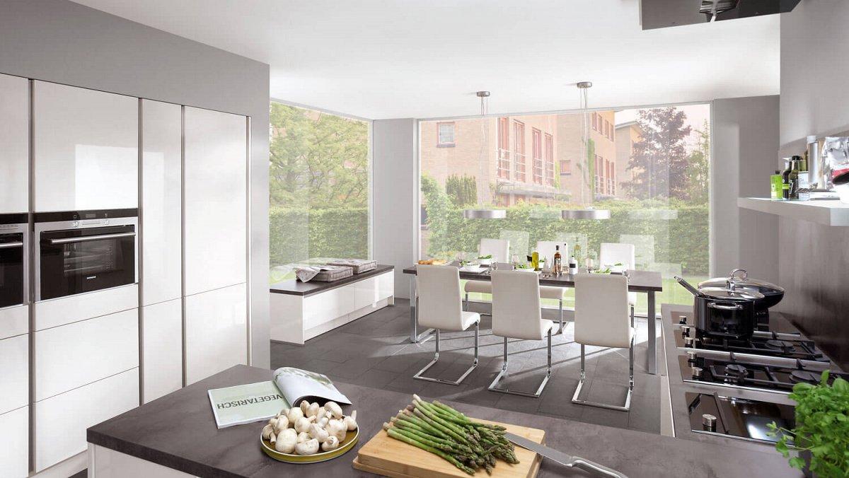 Hoogglans Witte Keuken : Strakke greeploze keuken in hoogglans wit keukens op maat